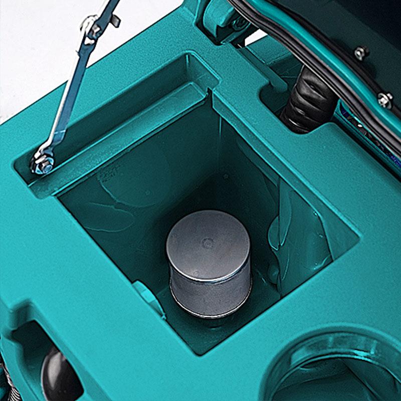 Pulizia serbati lavapavimenti Eureka E100