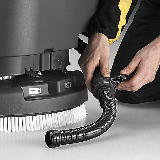 NO-HASSLE MAINTENANCE E55 SCRUBBER-DRYER