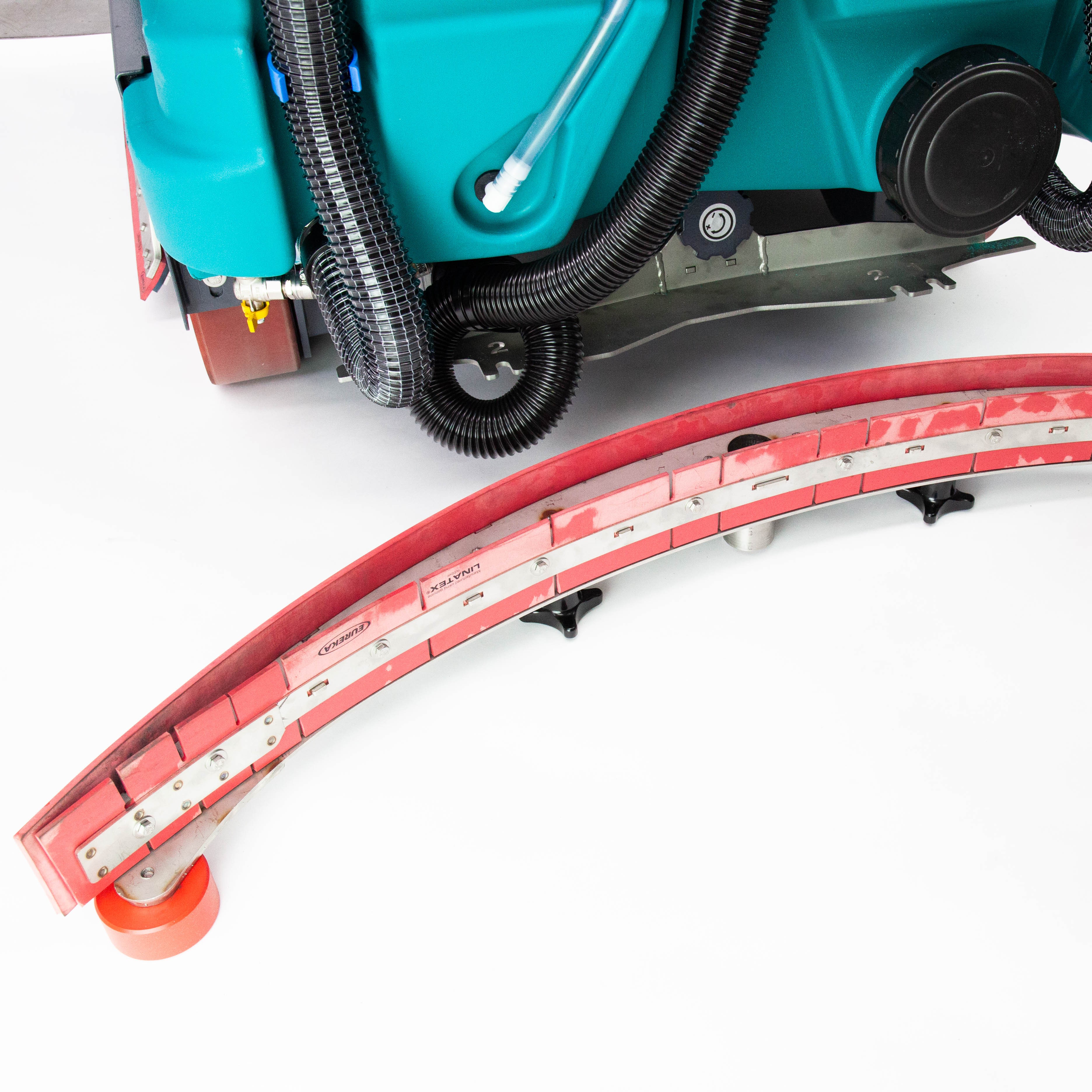 Squeegee blades can be replaced quickly  | Eureka E110-R