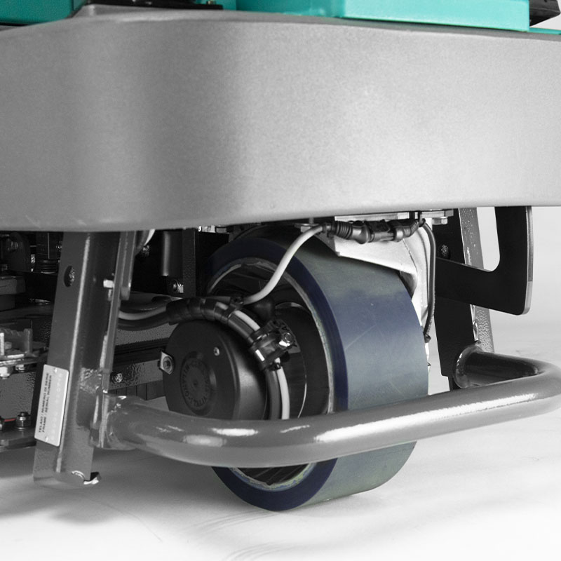 E65 floor scrubber-dryer traction motor