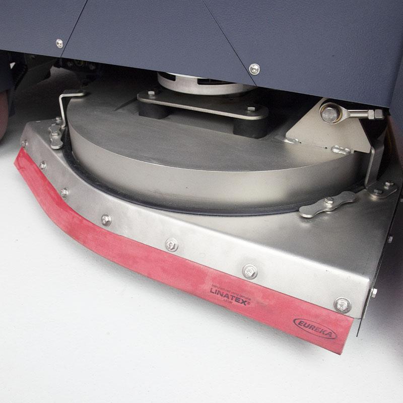 SELF-LEVELLING SPLASHGUARD WITH PRE-WASH SETTING E110 RIDE-ON SCRUBBER-DRYER