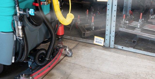 Sanificazione pavimenti con kit Eureka per lavasciuga