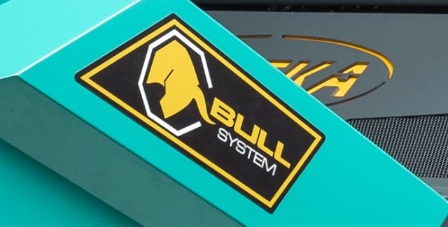 The EUREKA BULL 200 is the first industrial sweeper in the world with BULLsystem® technology.
