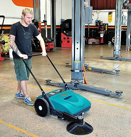 PICOBELLO 151 PATENTED MANUAL PUSH SWEEPER