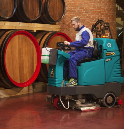 E100 scrubber dryer used in the the wine industry.