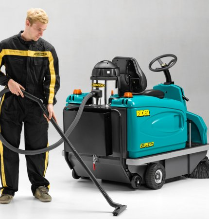 on-board vacuum cleaner for Eureka ride-on sweepers