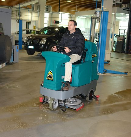 E85 SCRUBBER DRYER