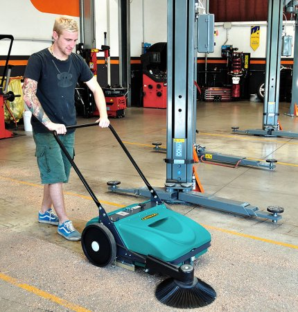 SUCTION POWER PICOBELLO 151 PATENTED MANUAL SWEEPER