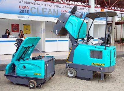 Expo Clean Indonesien -  komplette Eureka hergestellte Auswahl von Kehrmaschinen