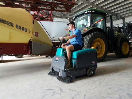 Rider 1201 to clean farming shed