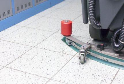 tecnología 3BLADE® : secado perfecto también entre las juntas de los azulejos.
